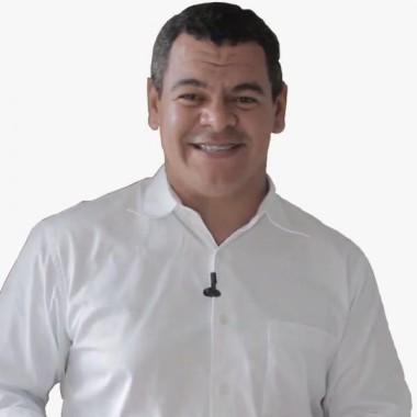 Sobre Marcelo  Pedrosa